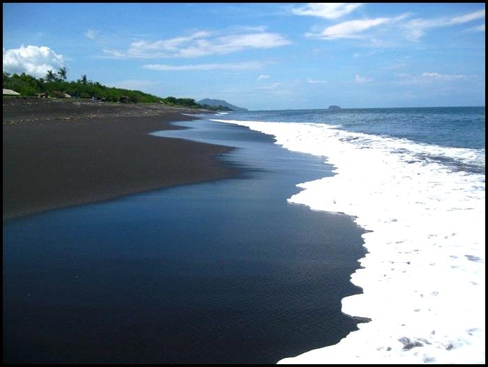 Yeh Malet, plage noire, Bali